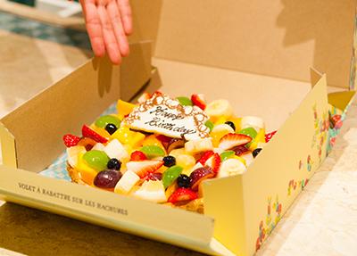 フルーツ ケーキ 大阪